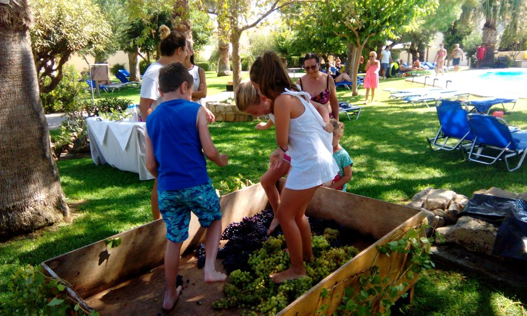 children-activity-cretan-malia-park-1